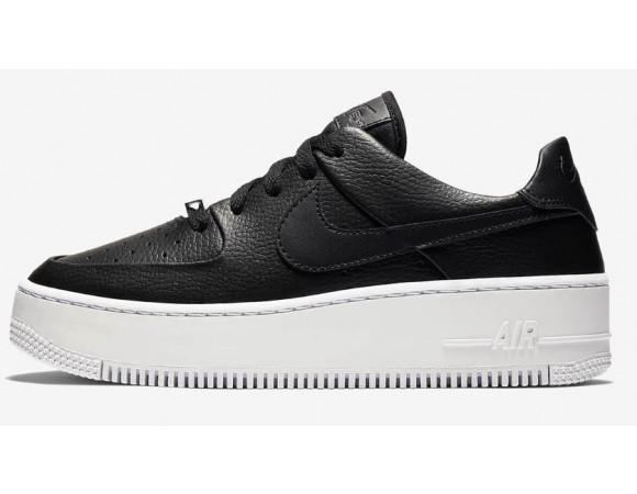 buy online ea343 2cd52 Bestel de Nike Air Force 1 Sage Laag Dames Sneakers Online Bij   Sportskoen.nl