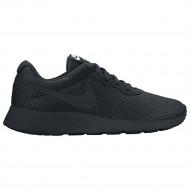 Nike Tanjun Dames Sneakers Zwart