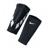 Nike Guard Lock Elite Sleeve Zwart